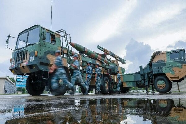 China army on alert amid US actions in Taiwan Strait : report