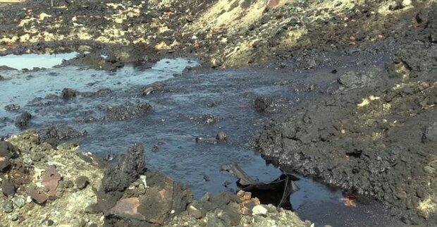 جلسه مدیریت بحران برای ساماندهی لجن های نفتی تشکیل شد