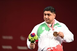 Iran's powerlifter wins bronze in 2020 Paralympics