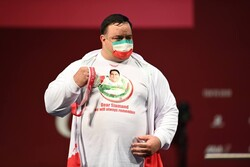 Pourmirzaei adds silver to Iran tally at Paralympics
