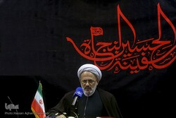 ایران؛ آماده حضور در مراسم اربعین/ ادامه رایزنی با عراق