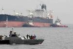 رسو ناقلتي نفط إيرانيتين في ميناء بانياس بسوريا