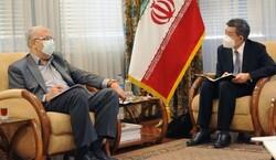 مباحثات ايرانية صينية لتطوير التعاون النفطي بين البلدين