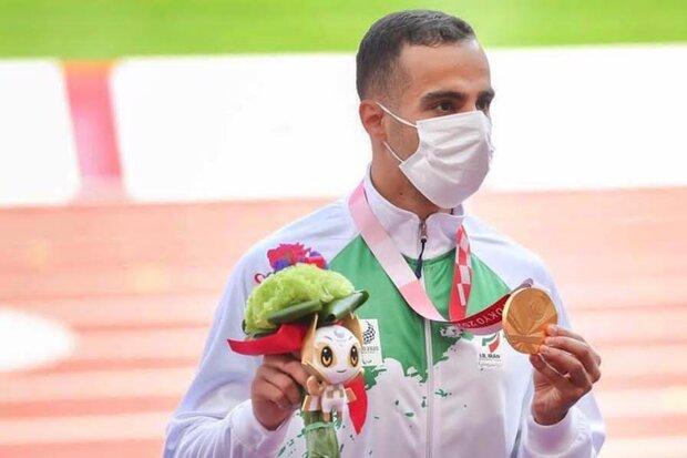 کسب طلای پارالمپیک با وجود مصدومیت/ مسئولان حمایت نکردند