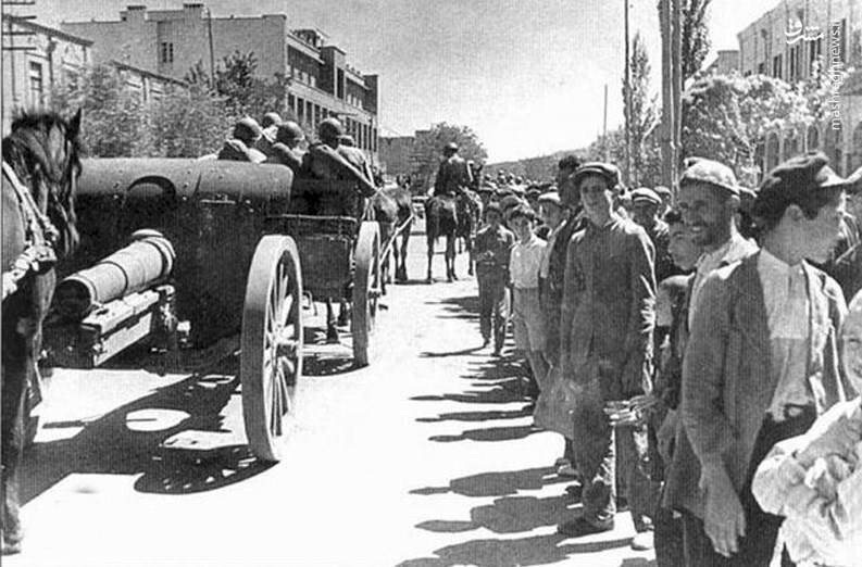 فتوای مراجع عراق،باعث خروج اشغالگران انگلیسی شد
