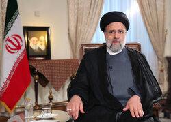 الرئيس الايراني يهنئ المصارعين الإيرانيين بفوزهما بالميدالية الذهبية العالمية