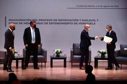 Venezuelan gov., opposition talks show independence: CNE