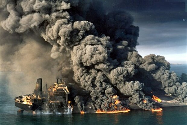 آغاز نبردهای دریایی ایران و آمریکا در خلیجفارس