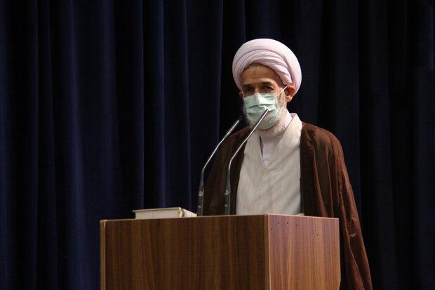 وداع باشکوه با علامه/تشییع پیکرآیتالله حسنزاده روی دست عزاداران