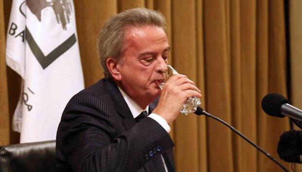مهمة رياض سلامة في لبنان / تخفيض قيمة الليرة حتى إنهيار الإقتصاد