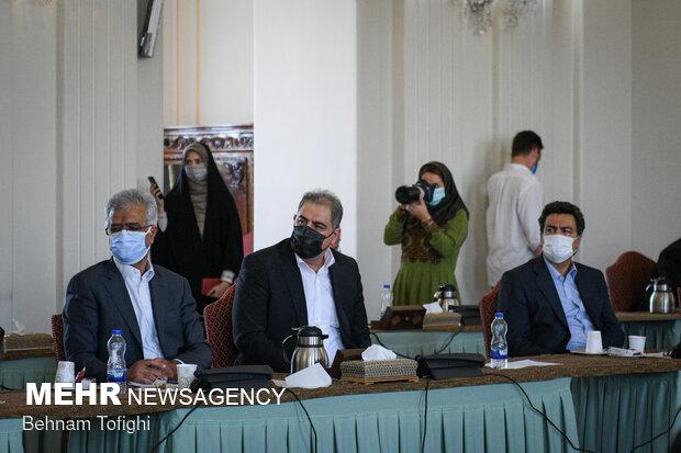 دیدار وزیر امور خارجه با اعضای اتاق بازرگانی ایران