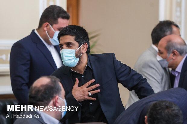 علیرضا دبیر رئیس فدراسیون کشتی در دیدار رئیس مجلس شورای اسلامی با مدال آوران المپیک توکیو