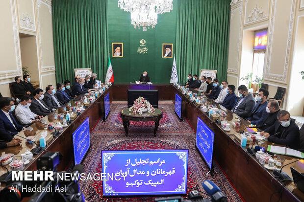 دیدار رئیس مجلس شورای اسلامی با مدال آوران المپیک توکیو
