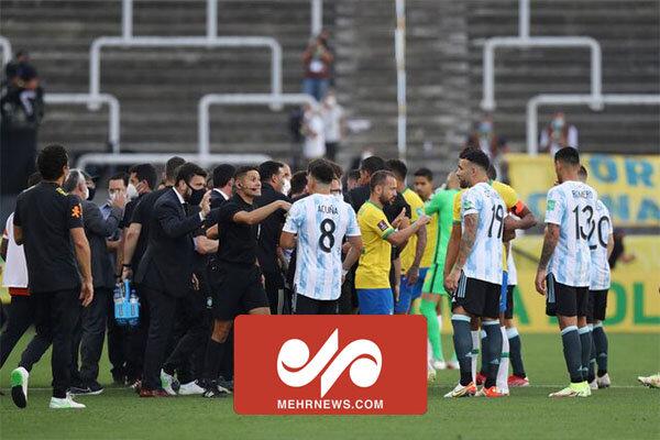 توقف عجیب بازی برزیل و آرژانتین در دقیقه ۶