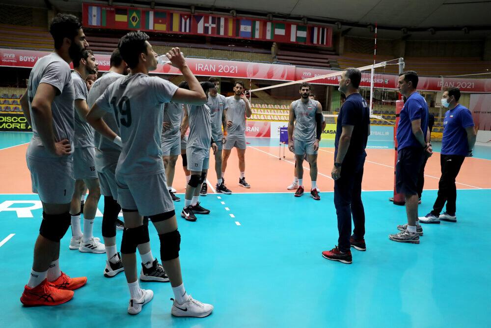 نباید از استرالیا غافل شویم/ هدف همه تیم ملی والیبال قهرمانی است