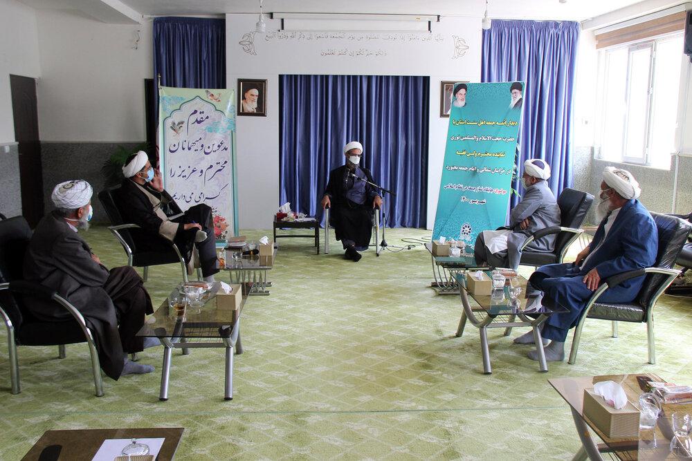 علماء شیعه و سنی باید برای حفظ وحدت و بصیرتافزایی تلاش کنند