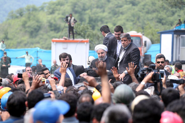 دورکاری به سبک یک رئیسجمهور/ نگاهی به مردمگریزی «حسن روحانی»