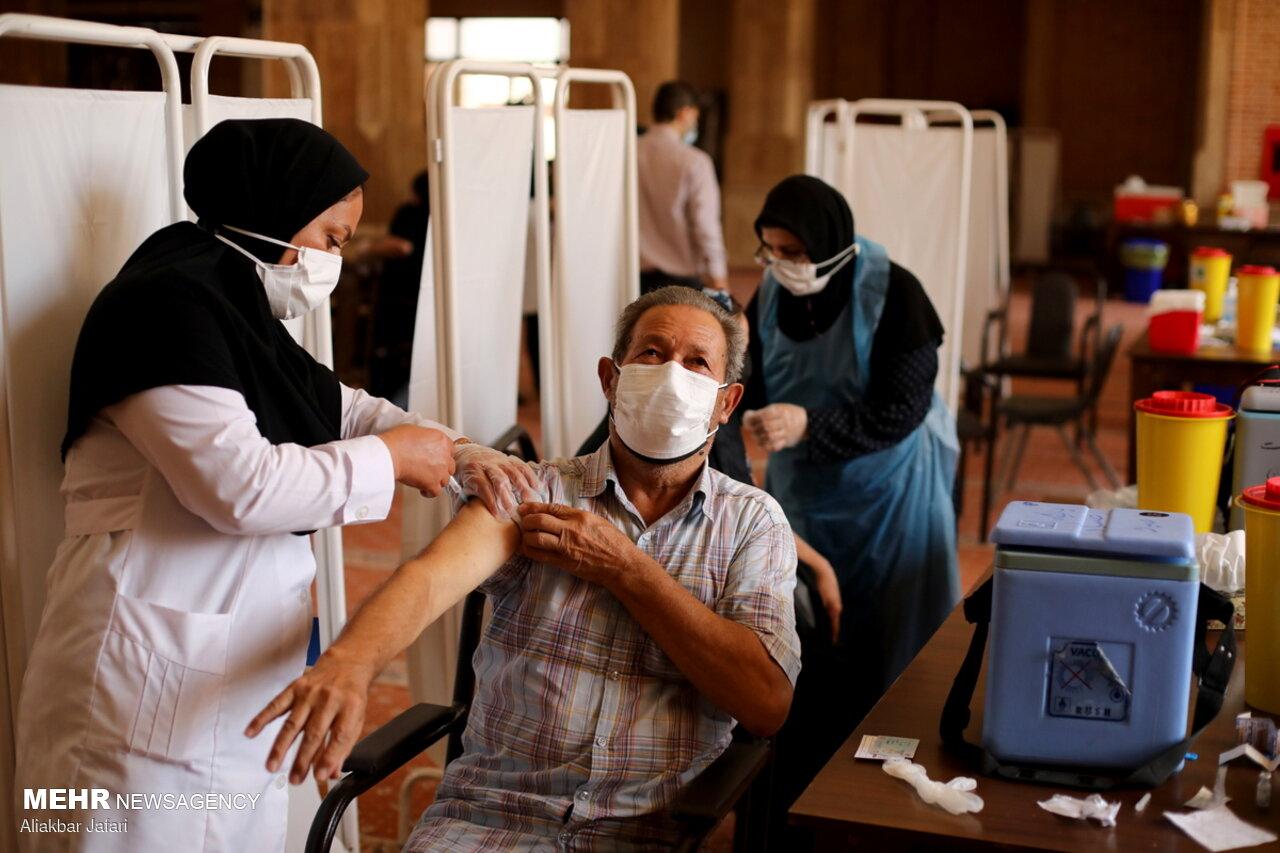 بازگشت روند واکسیناسیون به روال عادی/واکسیناسیون ۵۴ گروه شغلی