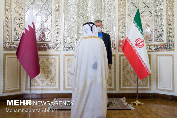 خوش آمد گویی حسین امیر عبداللهیان وزیر امور خارجه ایران به هیات قطری