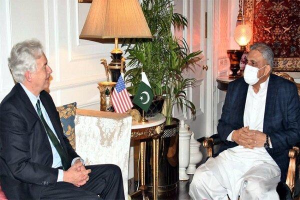 پاکستانی فوج اور آئی ایس آئی کے سربراہان سے امریکی خفیہ ایجنسی کے سربراہ کی ملاقات