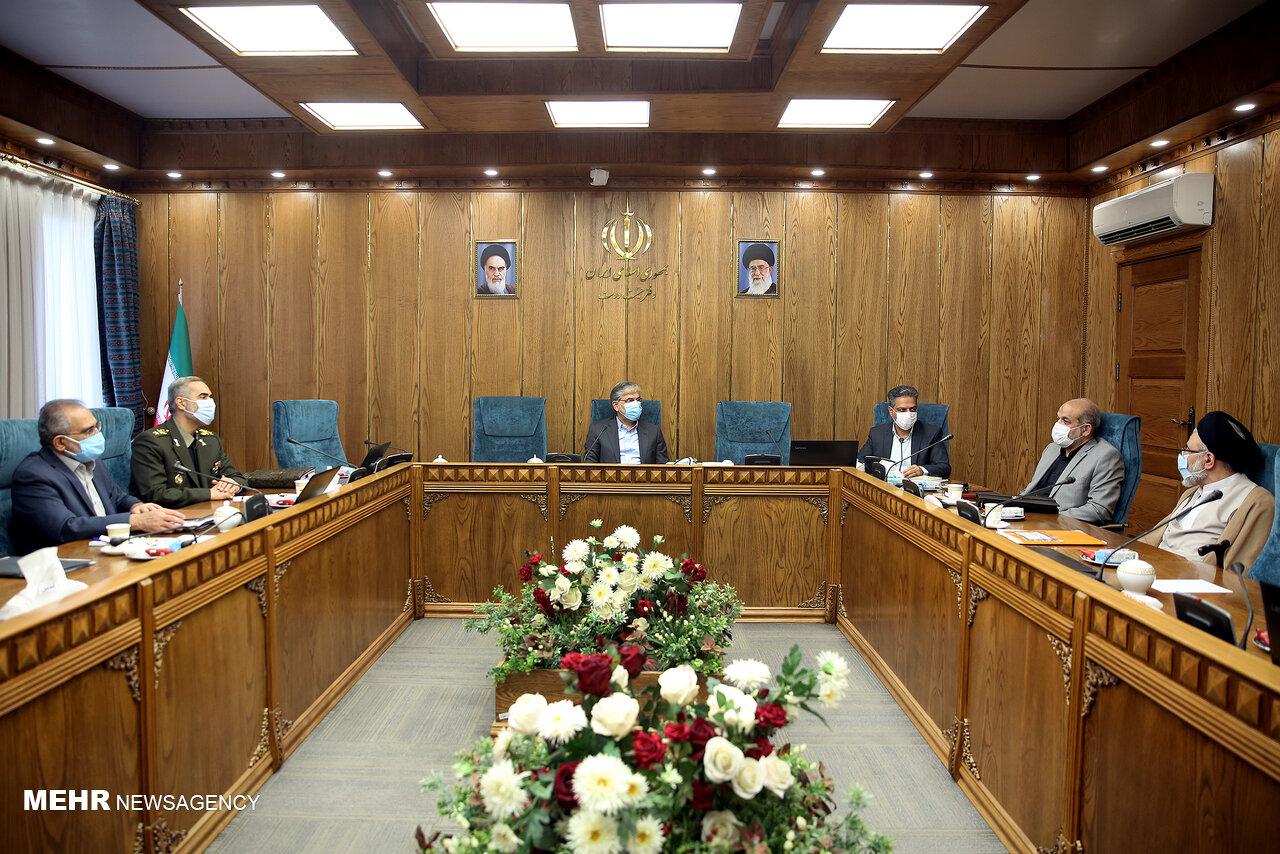 رئیس و نایب رئیس کمیسیونهای سیاسی، دفاعی و اقتصاد دولت تعیین شدند