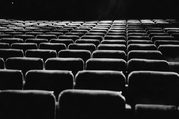 آموزش اصولی جایش را به کاسبی داده است/ تک محوری بودن فیلم کوتاه