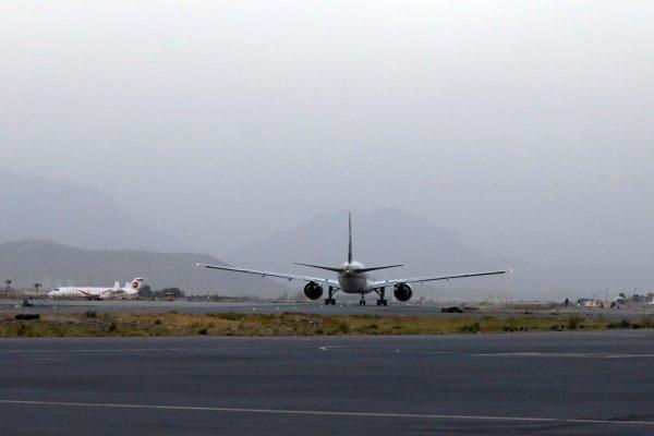 اولین هواپیمای تجاری پاکستان در فرودگاه کابل فرود آمد