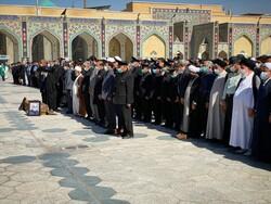 پیکر حاج حیدر رحیمپور ازغدی در حرم مطهر رضوی تشییع شد