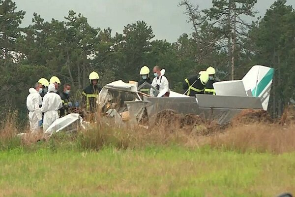 Plane crash in eastern France leaves three dead: Report