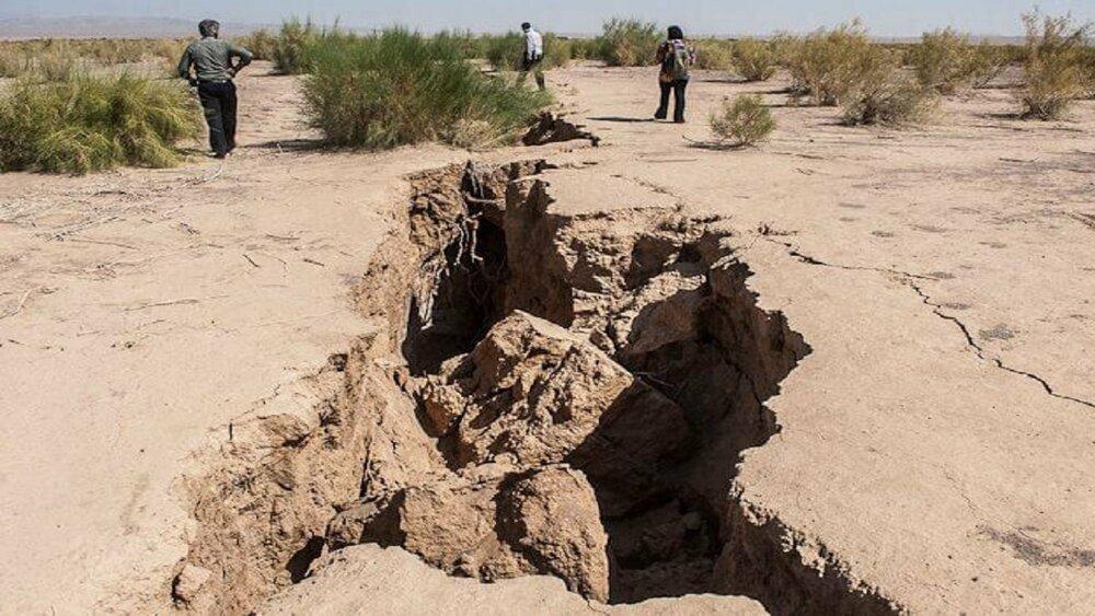 «زلزله خاموش» در آران و بیدگل/فرونشست سالانه ۸ تا ۱۴ سانتیمتر