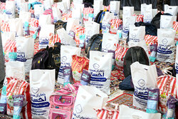 ۳۶۰ بسته غذایی بین نیازمندان رودان توزیع شد