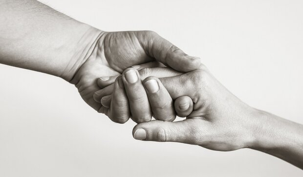 «رفیقت حساب کرد»؛ پویشی که هزاران قلب نیازمند بدهکار را شاد کرد