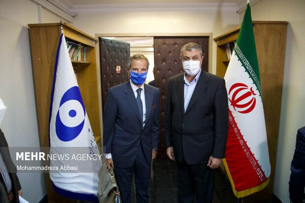 Iran, UN atomic energy chiefs hold talks in Tehran