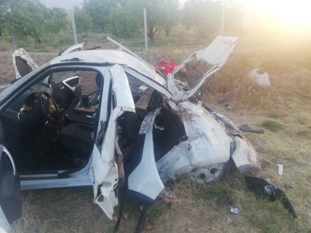برخورد خودروی سواری با الاغ یک کشته و ۴ مصدوم بر جای گذاشت