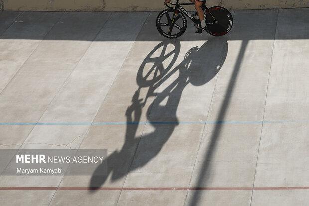 رقابت های دوچرخه سواری پیست قهرمانی کشور در بخش آقایان در پیست دوچرخه سواری ورزشگاه آزادی برگزار شد.