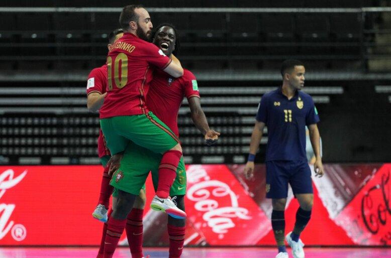 پرتغال به سختی قزاقستان را شکست داد/ صعود به فینال با پنالتی