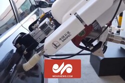 VIDEO: Robotic gas station in China