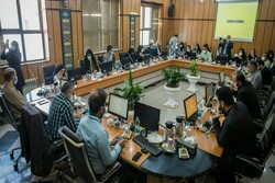 جلسهای پرحاشیه برای انتخاب شهردار قزوین/ از دخالت افراد غیرمسئول تا ابهامات شورا