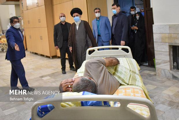 دیدار رئیس بنیاد شهید با جانبازان مرکز ثارالله 10