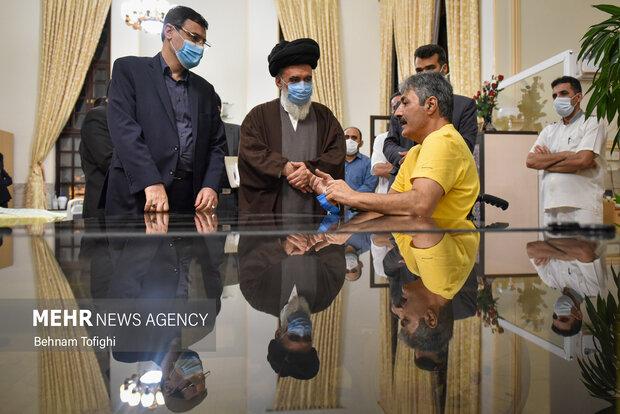 دیدار رئیس بنیاد شهید با جانبازان مرکز ثارالله 12
