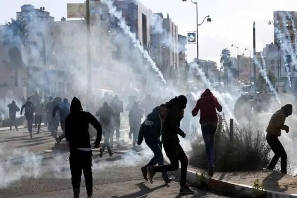 Zionist forces injure 23 Palestinians in Nablus, West Bank
