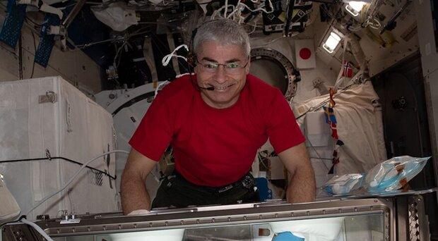 فضانورد آمریکایی و روس یک سال در ایستگاه فضایی می مانند