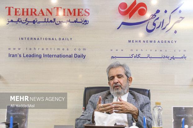 حمیدرضا آصفی سخنگوی پیشین وزارت امور خارجه در نشست نقد و بررسی فیلم مستند زمزمه های گمشده در دوردست حضور دارد