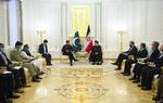 الرئيس الايراني: الفرص متاحة لتوسيع التعاون بين طهران واسلام اباد