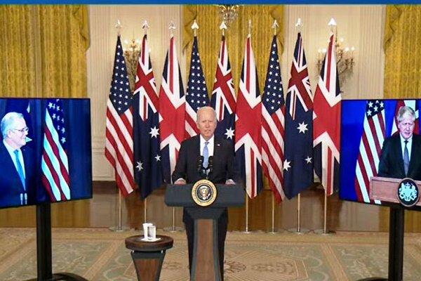 آمریکا با انگلیس و استرالیا توافق همکاری سه جانبه امضا کرد