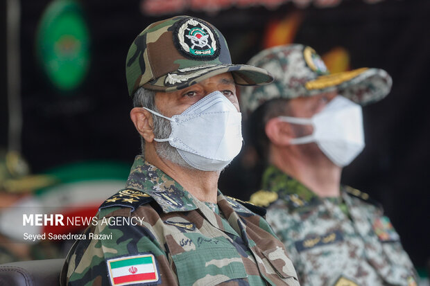 امیر سرلشگر عبدالرحیم موسوی فرمانده کل ارتش در مراسم اختتامیه نوزدهمین دوره رزم مقدماتی ارتش حضور دارد