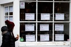 بیش از ۴۰ درصد شرکتهای بزرگ انگلیسی نیروی کار پیدا نمیکنند