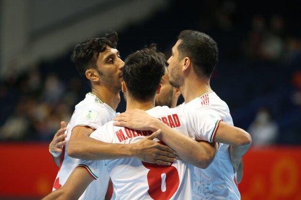 منتخب الارجنتين يحقق فوزا صعبا أمام كرة الصالات الإيراني بنتيجة 2-1