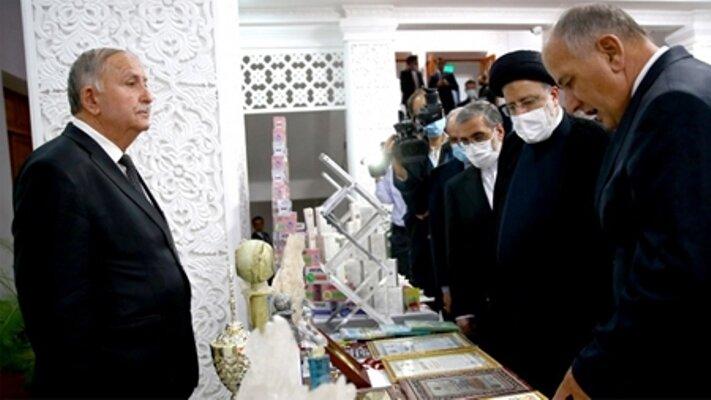 تجهیزات نانوفناوری ایرانی به دانشگاه ملی تاجیکستان اهدا شد