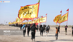 Iraqi Arbaeen pilgrims en route to Karbala